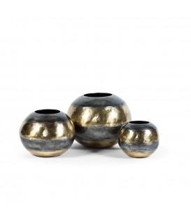 Vase en metal Bubul